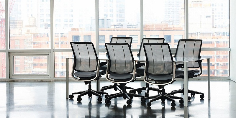 Chair manufacturers in noida
